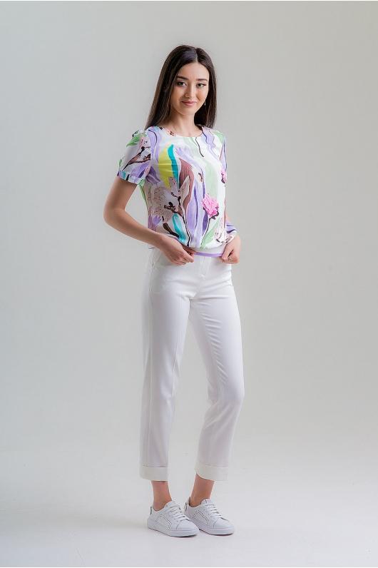 Блуза на резинке с изображением цветов