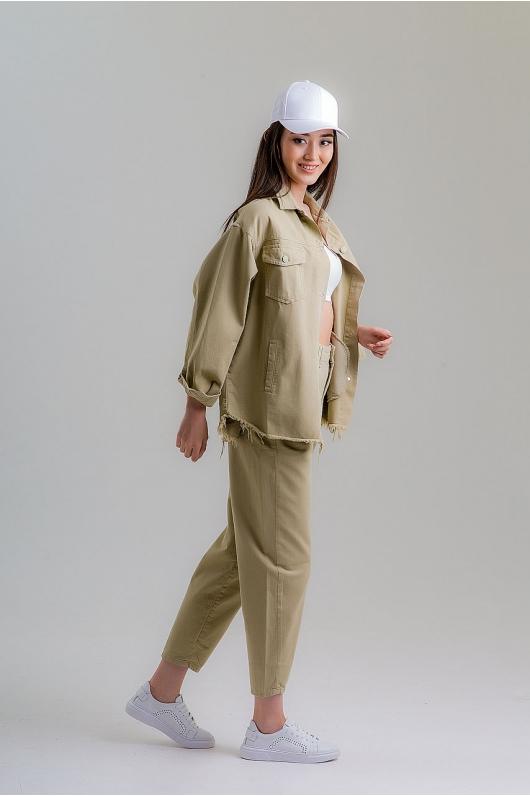 Куртка из плотного катона с необработанным краем