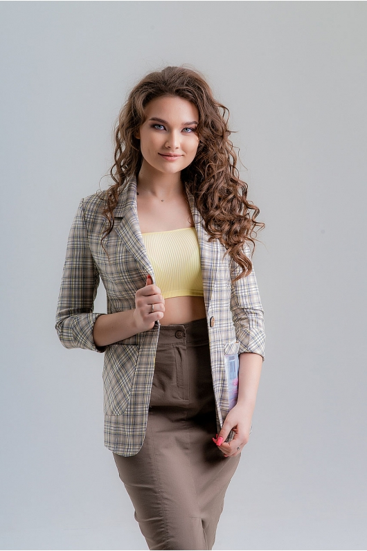 Жакет с декоративным карманом