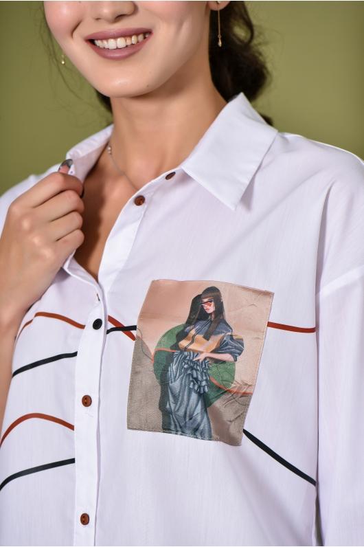 Рубашка прямого кроя с графическим фото на кармане