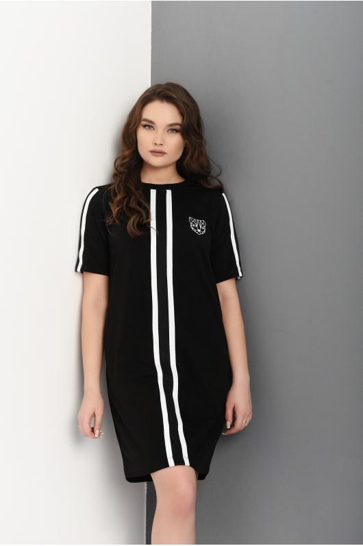 Трикотажное платье с вертикальными полосами впереди