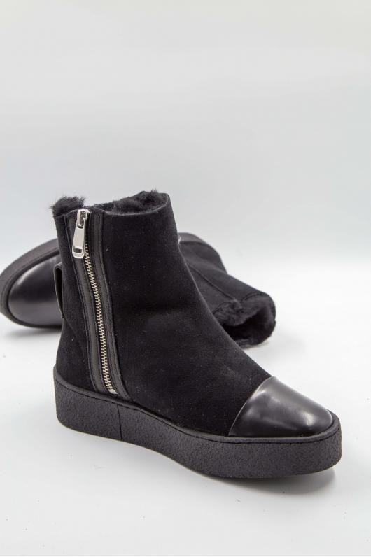 Ботинки замшевые с кожаным мысом