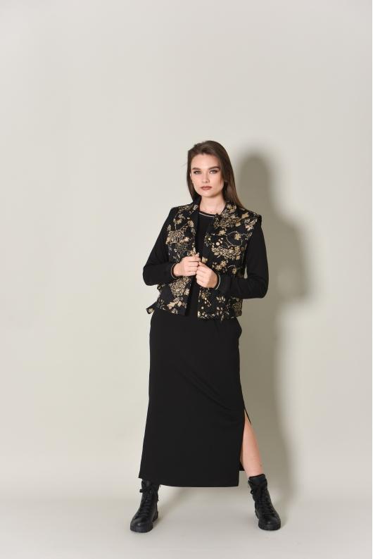 Платье из трикотажа в комплекте с жилетом