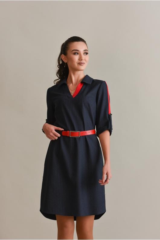 Платье с V-образным вырезом в мелкую полоску