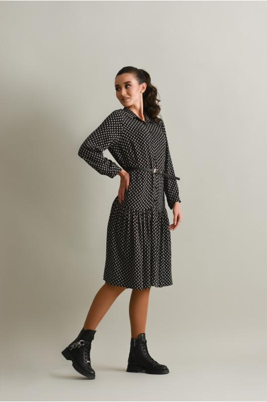 Платье длины миди  с объёмным воланом по низу