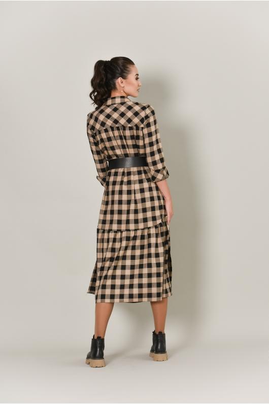 Платье в длине миди с крупным воланом по низу